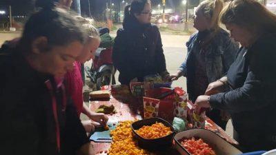 Viandas solidarias en Santa Fe: pasaron de entregar 300 a 700 raciones en dos meses