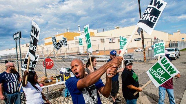 Una huelga nacional afecta a GM en EEUU