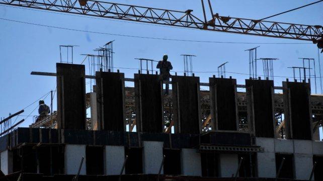 La Uocra advierte despidos masivos si se frena la obra pública en Santa Fe