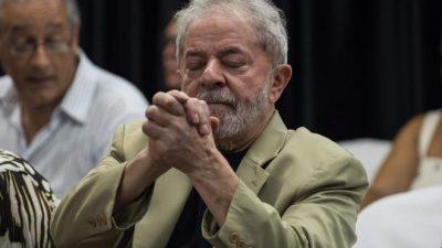 «Bolsonaro no se cansa de vomitar ignorancia»