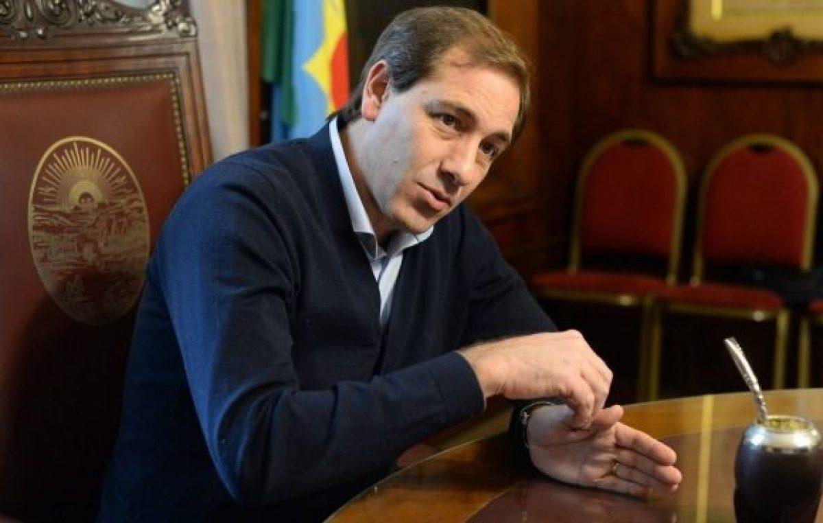 El intendente de La Plata ofreció un aumento salarial y uno bono de $3.000 para los empleados municipales