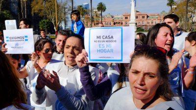 Titulares de Créditos UVA protestaron en Plaza de Mayo
