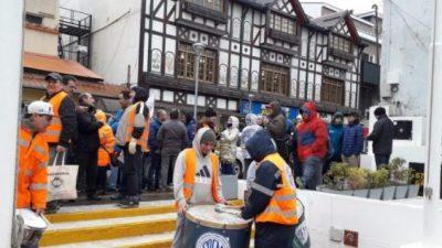 Empleados municipales de Ushuaia sin acuerdo de recomposición salarial
