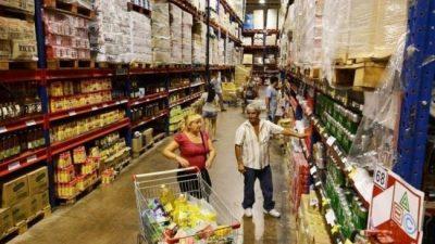 Los precios mayoristas se dispararon un 11,2% en agosto y ya superan el 60% interanual