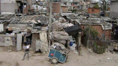 El impacto de la crisis económica se profundiza: el ingreso real del 40% más pobre cayó 16,6% en un año