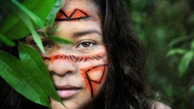 Bolsonaro: «Es mucha tierra para poco indígena»