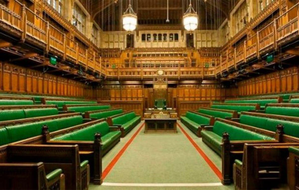 Parlamento cerrado