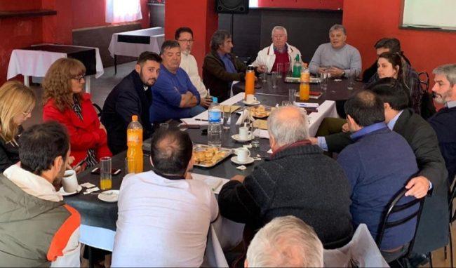 Intendentes del Juárez Celman acordaron dar un aumento hasta del 32% al personal