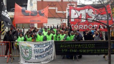 Jesús María: trabajadores municipales conquistan aumento salarial