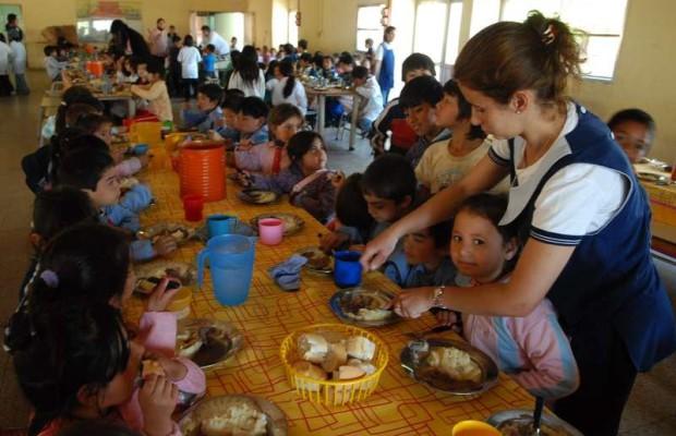Comedores bonaerenses ajustados: Un desayuno básico cuesta el doble de lo que destina la Provincia por cada chico