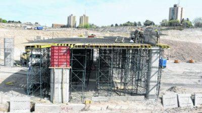 Quiroga busca inaugurar obras millonarias de Neuquén antes de irse