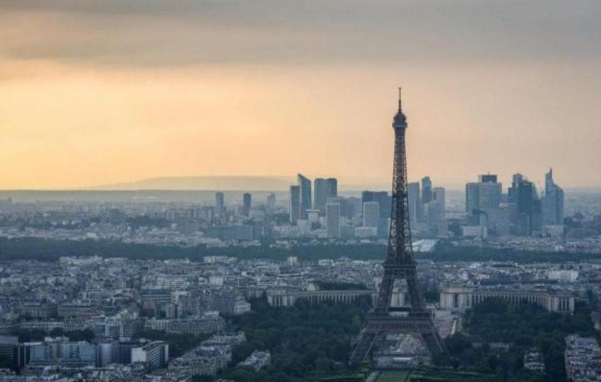 Cinco ciudades francesas prohibieron el uso de agrotóxicos