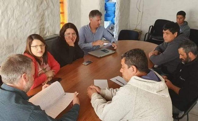Trevelin: 13% de aumento salarial para empleados municipales