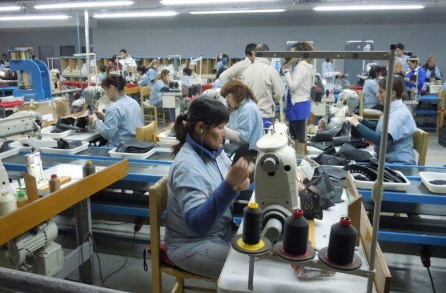 Una fábrica de Misiones que trabaja para Nike echa a casi todos sus empleados