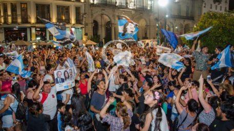 Alegría sin reparos por el triunfo de Alberto Fernández en las elecciones