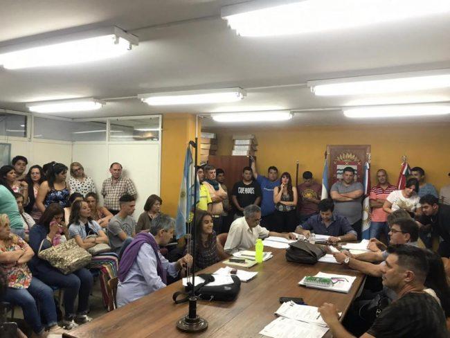 Polémica en Río Ceballos por el pase a planta permanente de 65 municipales