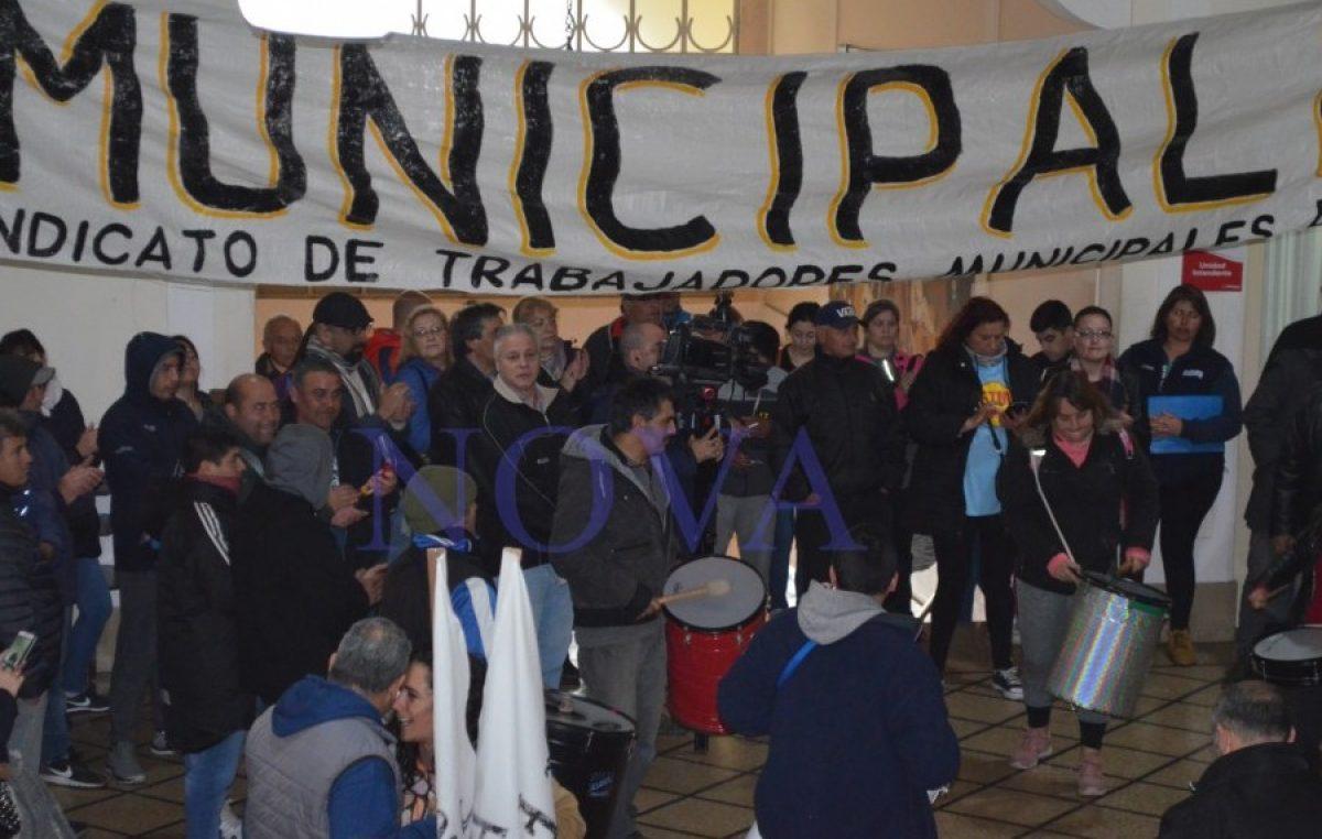 Sin interés y sin vergüenza: se viene «Ahora 6» para los sueldos municipales en Necochea