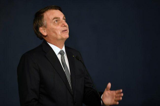 Bolsonaro no va al homenaje a la primera santa de Brasil