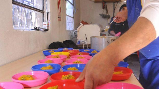 Provincia de Chubut giró casi 3 millones a municipios para comprar alimentos a familias de bajos recursos