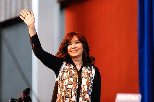 """Cristina Kirchner: """"Hoy la deuda es el 100 por ciento del PBI"""""""