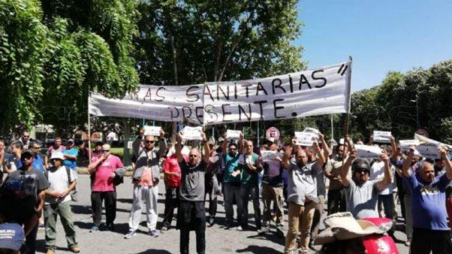 Se profundiza el conflicto con el STMN: Municipales cortarán el Puente Colgante