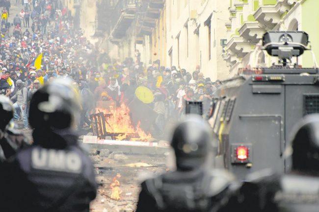 Cronología de la crisis en Ecuador