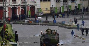 La Policía boliviana continúa la represión a los simpatizantes de Evo Morales