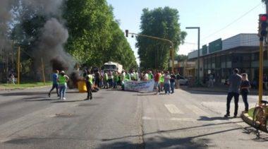 Se agravó el conflicto en la comuna de Chabás por atrasos salariales