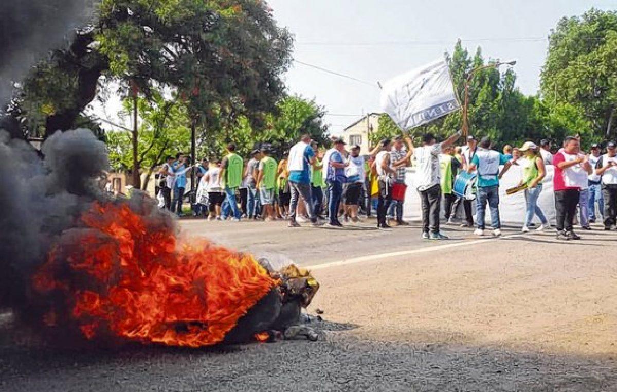 La provincia de Santa Fe apura medidas para descomprimir la crisis en las comunas