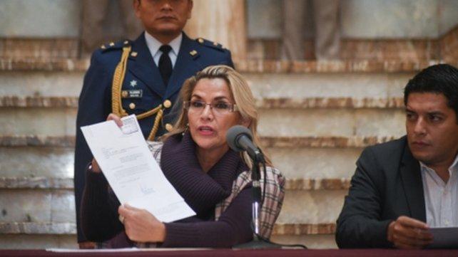 La presidenta Añez deja en manos del Congreso el llamado a elecciones