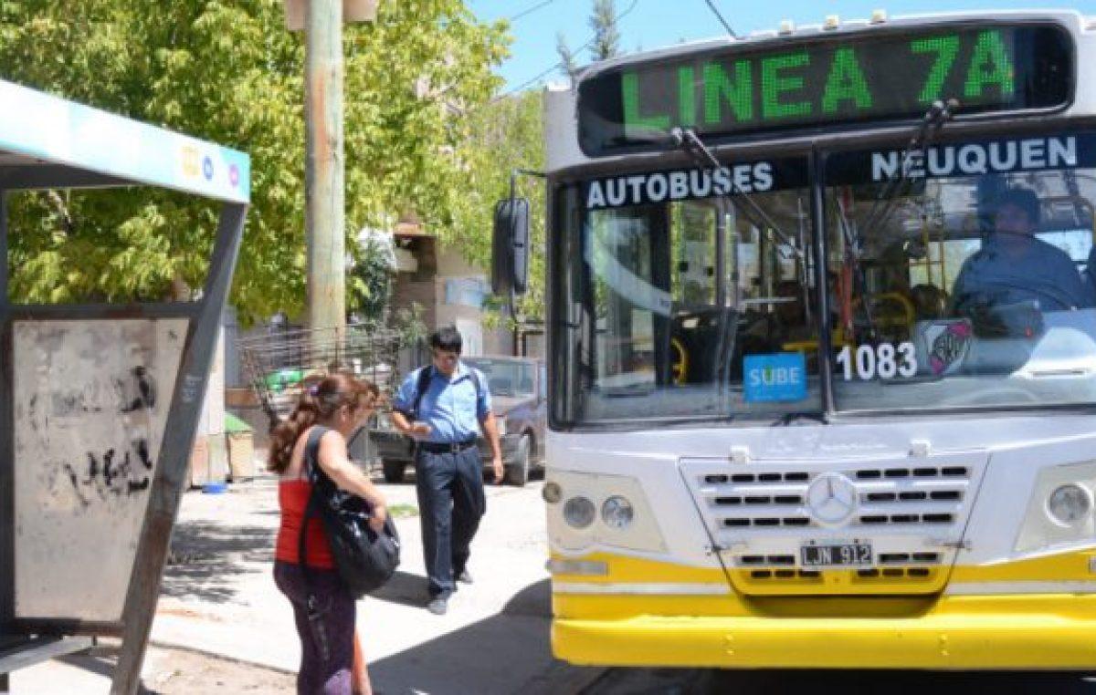 Denuncian al MPN y Cambiemos por suba del boleto a $34,50 en Neuquén