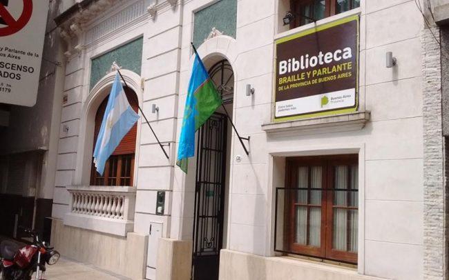 Otro repudio al recorte en el Archivo Histórico y temen por la suerte del sistema de bibliotecas bonaerenses