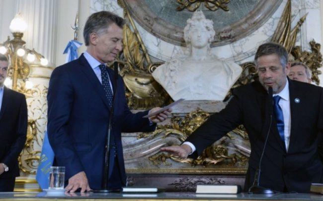 Como en provincia, Macri echó a su ministro de Salud por haber adherido al Protocolo de aborto no punible