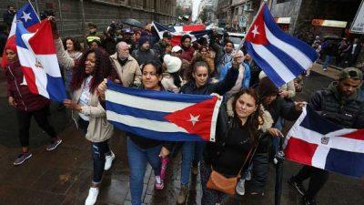 El «éxito» del modelo: endeudar a los chilenos