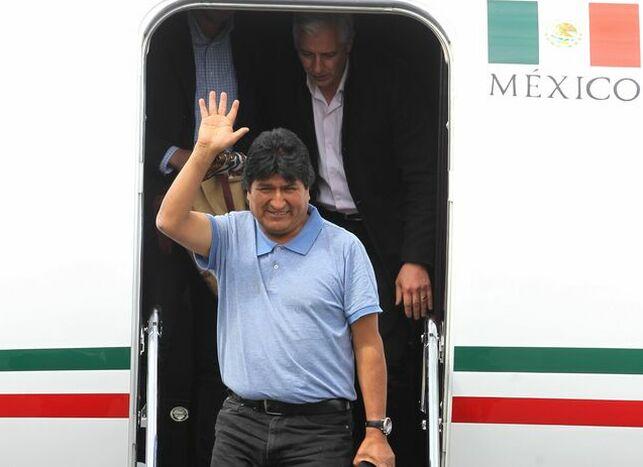 """Evo Morales: """"No daremos ni un paso atrás ante los racistas y golpistas"""""""