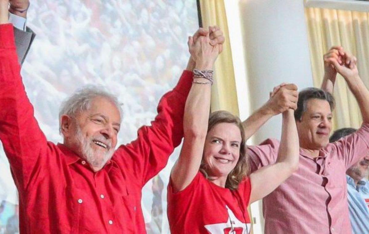 Lula: «Puedo subirme a la carrera del 2022»