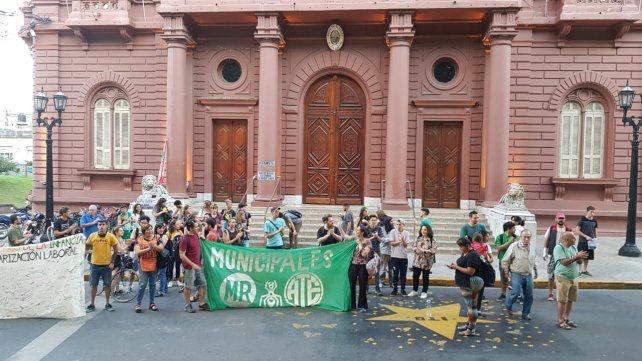 Trabajadores Municipales precarizados de Rosario tomaron el Palacio Municipal