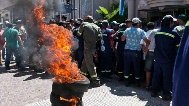 Catamarca: Dictaron la conciliación al SOEM y Arévalo denunció contratos en el CD