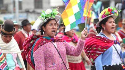 Bolivia: «El Gobierno puede buscar los eufemismos que quiera, pero se trata de un golpe de Estado»