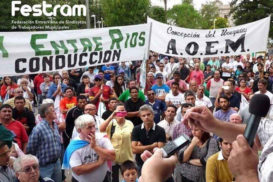 Los Municipales de Entre Ríos amenazan con paralizar la Provincia ante el intento por restringir las huelgas