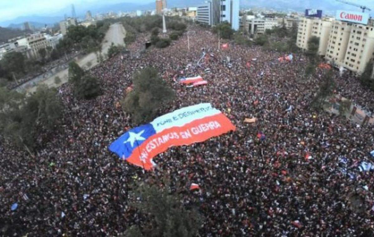 El pueblo chileno unió sus voces para exigir una nueva Constitución