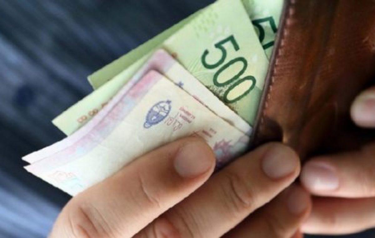 El salario real cayó 18% en cuatro años