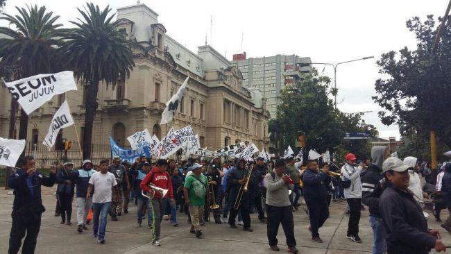 El gremio de Santillán denuncia ola de despidos en municipios jujeños