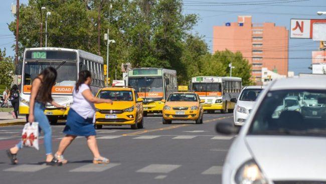 Neuquén: Tiemblan los sueldos con lo que cuesta movilizarse