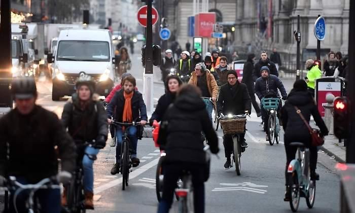 Otro día de huelga del transporte en Francia contra la reforma previsional