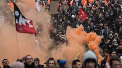 La movilización no se desinfla en Francia