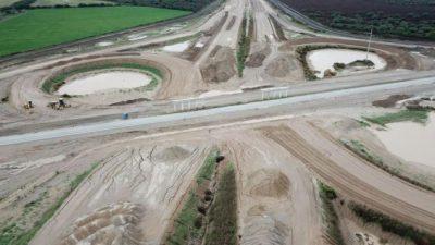 Poco avance en las cuatro autopistas nacionales anunciadas para Córdoba