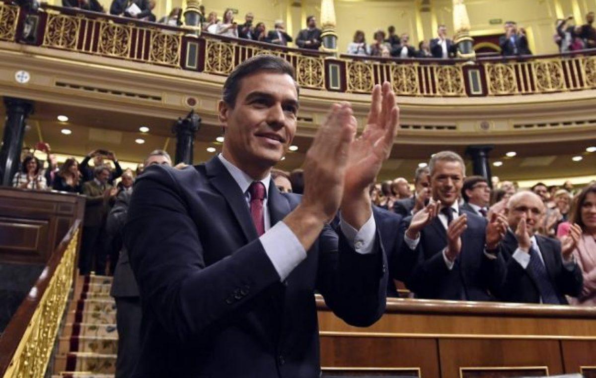 Pedro Sánchez fue investido como presidente de España
