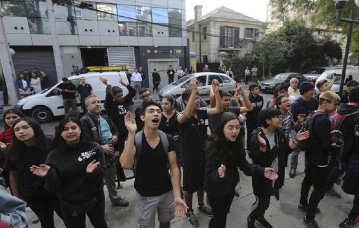 Escándalo con pruebas de ingreso a universidades chilenas
