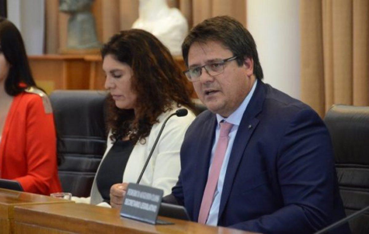 El intendente de Neuquénva contra el déficit de la caja jubilatoria